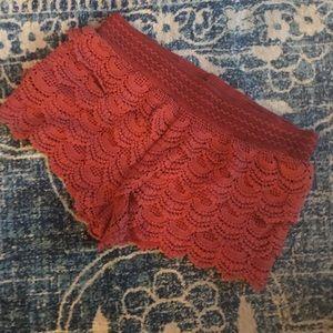 AMERICAN RAG ruffle and crochet shorts L